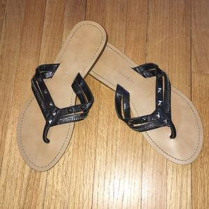 Marc Fisher Flip Flop Sandals 9M